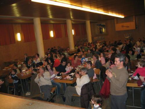 Reyes 2005 - 0056 - Salle
